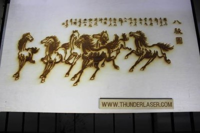 Laser wood engraving – The Eight horse painting
